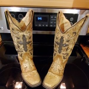 Vintage Corral Boots size 7.5